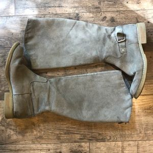 Old Navy grey suede boots. Size 8.